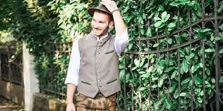 tracht for men in the oktoberfest de shop