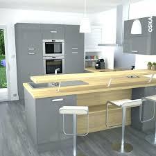 cuisine avec snack bar meuble snack cuisine cuisine et blanche au style design avec