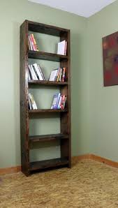 Building Wood Bookshelf by Diy Rustic Pallet Bookshelf Rustic Bookshelf Crates And Pallets