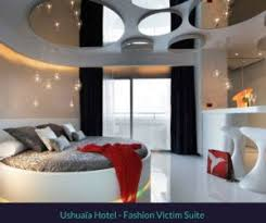bedroom ceiling mirror luxurious hotel suites with mirrored ceilings your european guide
