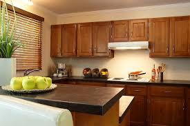 comptoir de cuisine sur mesure moulé en stratifié solutions comptoirs