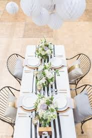 Black And White Striped Chair by 25 Best Striped Table Ideas On Pinterest White Table Settings
