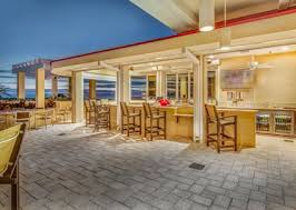 hton inn and suites hotel dining in clearwater