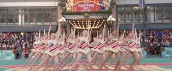 the radio city rockettes on the thanksgiving day parade