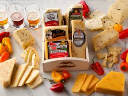wisconsin cheese gifts and spicy cheese gift basket