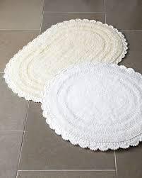 Jacquard Bath Rug Cobra Trading Crochet Border Bath Rugs These Look Like Your Feet