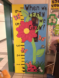 spring classroom door when we learn we grow how to start a