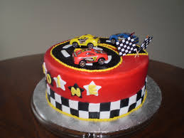 i made this race car cake for my nephew 6th birthday cakecentral com