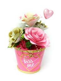 paper roses valentine bouquet in pink and gold non scents