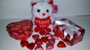 alternative valentine s day gifts its a girl archives the candy database