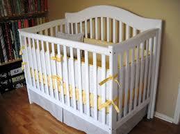baby yellow nursery bedding ideas