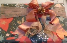 best gift wrap best gift wrapping services in los angeles cbs los angeles