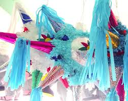 what are the best tips for throwing a mexican themed party