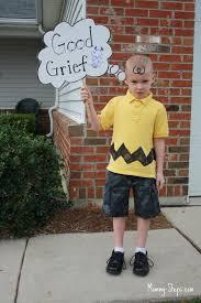 Charlie Brown Snoopy Halloween Costumes 15 Diy Halloween Costumes Perfect Boys Spaceships Laser