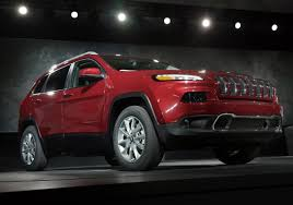 first jeep cherokee jeep hopes cherokee will carve a new niche pittsburgh post gazette