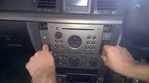 opel vectra b 2003 demontaż wymiana wyjęcie oryginalnego radia cd i panelu