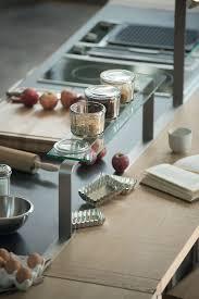 tablette pour cuisine rangements pratiques pour la cuisine côté maison