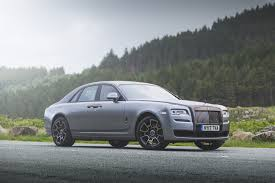 rolls royce ghost black badge provides perfect luxury