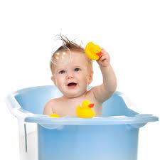 Mit Baby In Badewanne So Macht Ihrem Das Baden Spaß Elternwissen Com