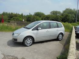 ford focus c max boot space used ford focus c max 2 0 tdci ghia 5dr for sale in castleford