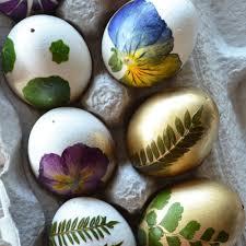diy botanical easter eggs sunset