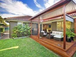 Deck Ideas For Backyard by Kitchen Backyard Decking Designs For Pleasant Deck Designs Ideas