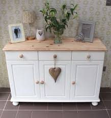 Shabby Chic Furniture Paint Colors by The 25 Best Painting Pine Furniture Ideas On Pinterest Pine