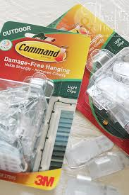 Command Outdoor Light Clips Thrifty And Chic Diy Projects And Home Decor
