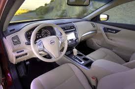 2007 Altima Interior 2015 Vs 2016 Nissan Altima What U0027s The Difference Autotrader