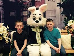 Woodfield Mall Thanksgiving Hours Easter Bunny Easter And Family Fun At Woodfield Mall Axs