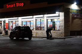 Channel 4 San Antonio Texas Man Shot In Neck Outside East Side Gas Station San Antonio