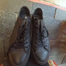 Sepatu Converse Black sepatu converse black kulit preloved fesyen pria sepatu di