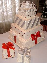wedding cakes christmas delightful cake with great decorations