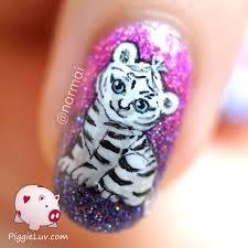 piggieluv freehand white tiger cub nail art video tutorial