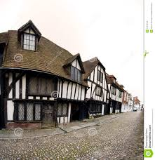 cobbled street tudor house rye england 14013763 jpg 1 255 1 300