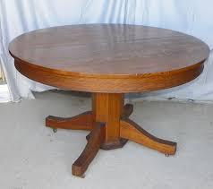The  Best Round Oak Dining Table Ideas On Pinterest Round - Antique round kitchen table