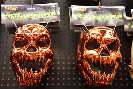 spirit halloween burlington halloween projections scare retailers orlando sentinel