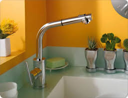 danze pull out kitchen faucet danze faucets and showers for your kitchen and bathroom