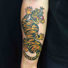 what is traditional style traditional style tiger tattoo tattoo ideas