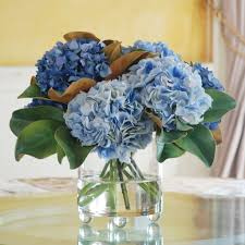 decor clear glass vase and hydrangea arrangements with dining