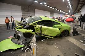 crashed lamborghini lamborghini and ferrari wrecked in 160km h beijing road race crash