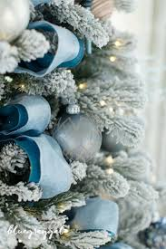 Christmas Decorations In Blue And Brown by Best 25 Blue Christmas Decor Ideas On Pinterest Blue Christmas
