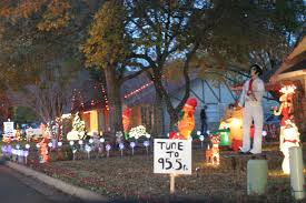 Lights On The Lake Lakemont Park Best Neighborhoods To See Holiday Lights In 2015 Redfin