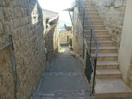 tzfat anciant ally ways at the old city of tzfat tour picture of the