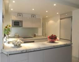 plan de cuisine en granit granit plan de travail cuisine design plan travail corian avis plan