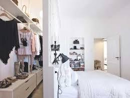 chambre parentale avec dressing zone dressing derrière tête de lit de chambre parentale