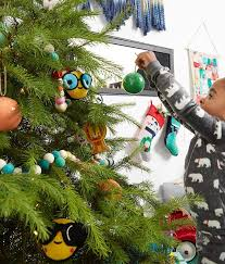christmas tree decorating ideas and tips the land of nod