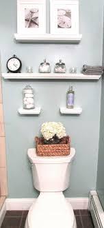 ideas for decorating bathroom walls best 25 bathroom wall decor ideas on half bath fashionable