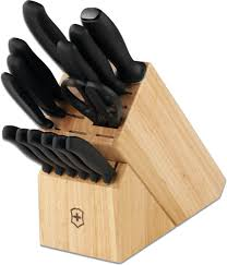 victorinox 6700015us1 swiss classic 15 piece cutlery block set