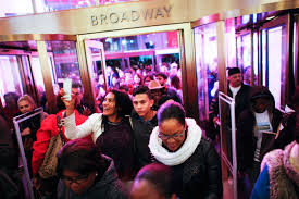 black friday crowds the psychology the shopping day money